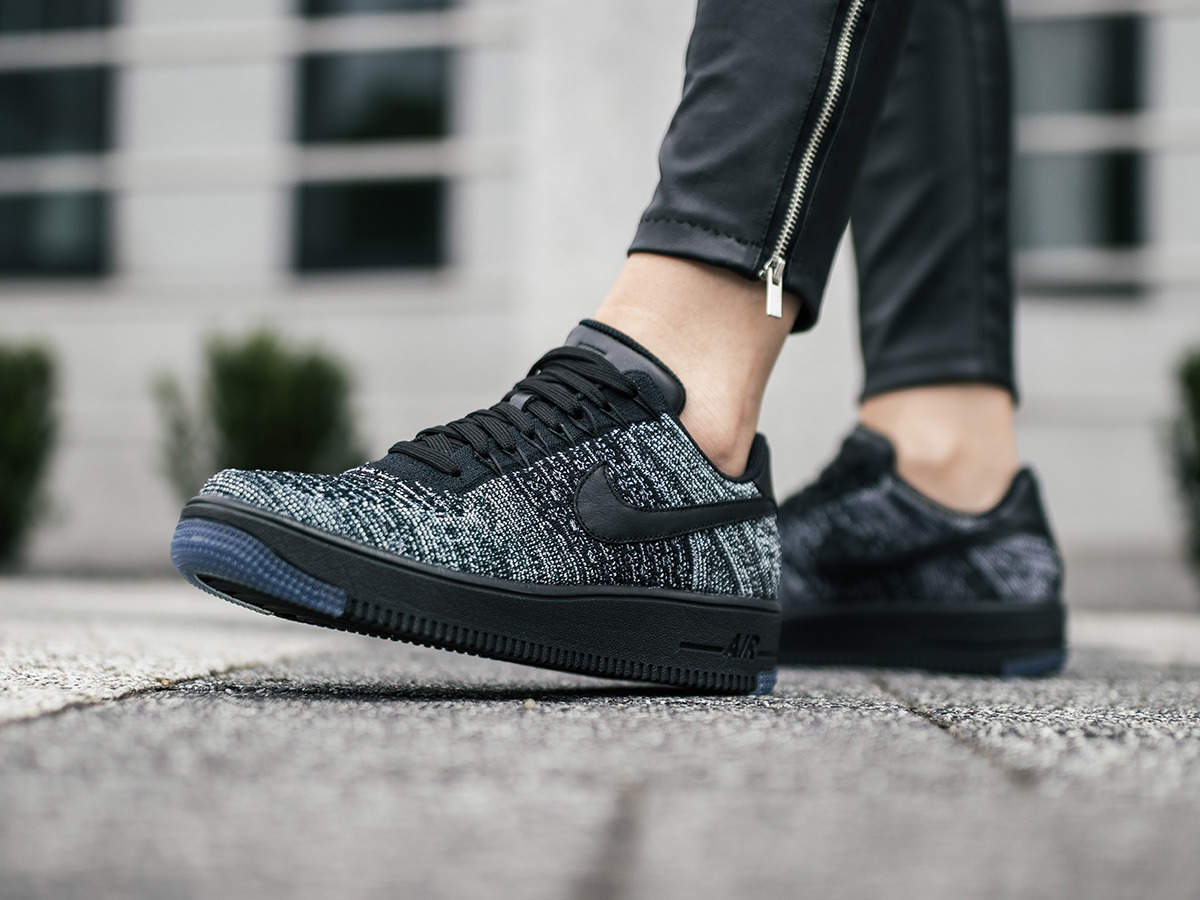 Nike Air Force 1 Flyknit And Leather Low Top Futócipő